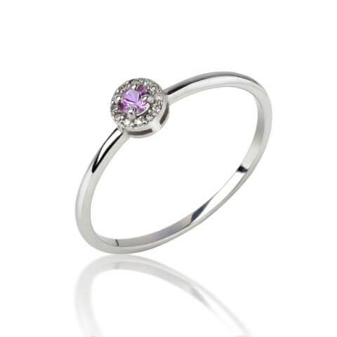 Balto aukso žiedas su rožiniu safyru ir deimantais