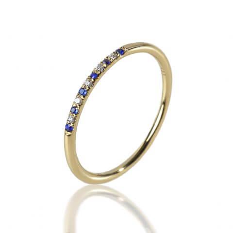 Geltono aukso žiedas su safyrais ir deimantais