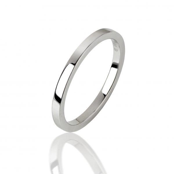 Balto aukso žiedas (2 mm pločio)