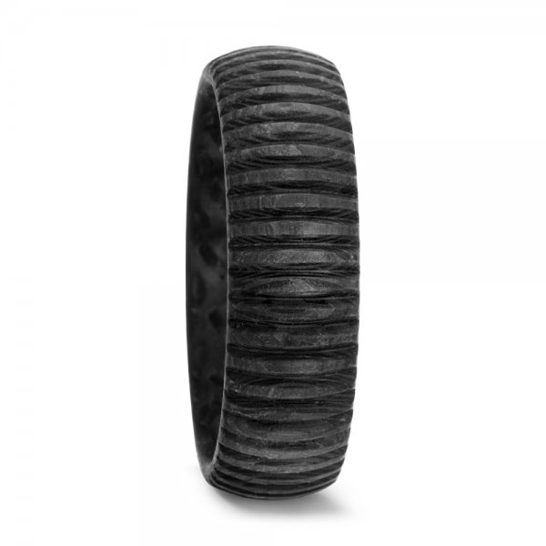 Karbono žiedas (7 mm pločio)