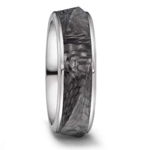 Titano ir karbono žiedas (7.5 mm pločio)