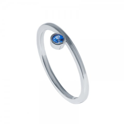White gold ring with round sapphire