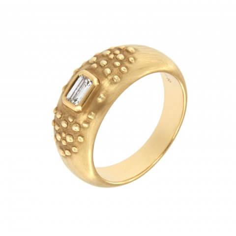Geltono aukso žiedas su deimantu