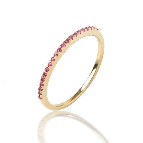 Geltono aukso žiedas su rožiniais safyrais