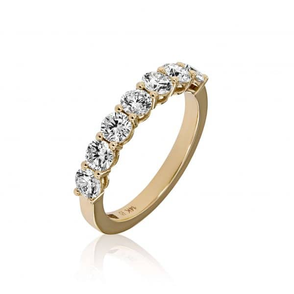 Geltono aukso žiedas su deimantais