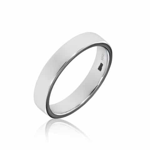 Balto aukso žiedas (4.5 mm pločio)