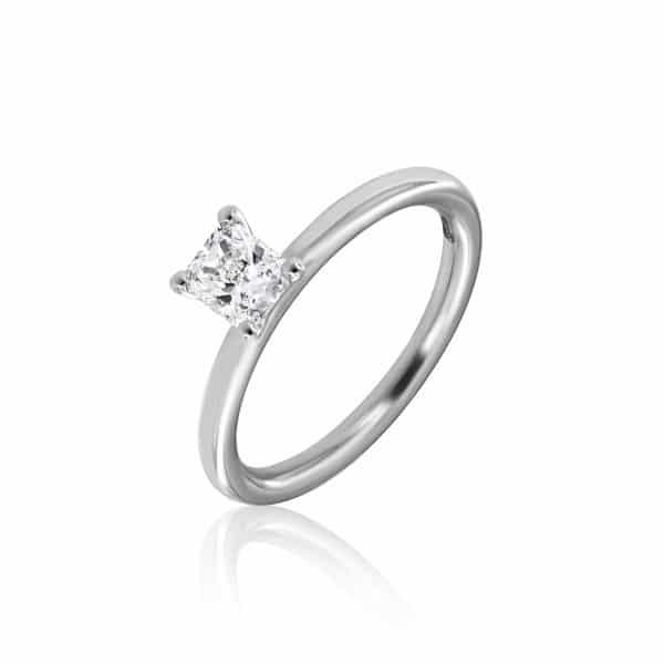 Balto aukso žiedas su rectangular formos deimantu