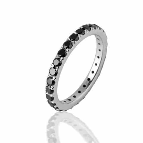 Balto aukso žiedas su juodais deimantais