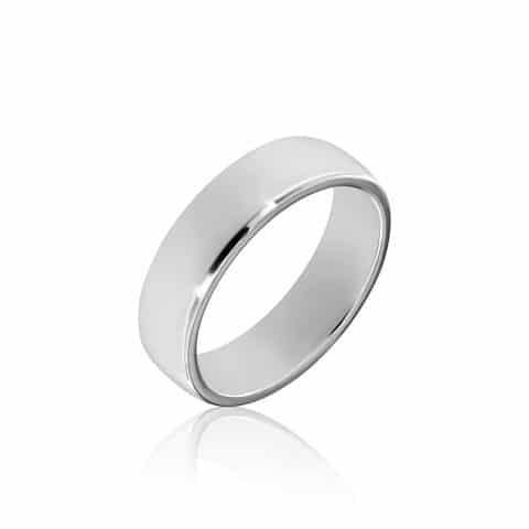 Balto aukso žiedas (5,8 mm pločio)